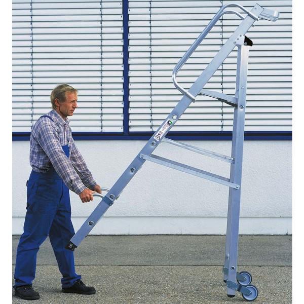Günzburger Podestleiter Stehleiter einseitig begehbar mit Rollen und Griff