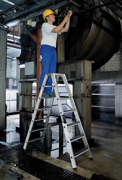 Günzburger Stehleiter beidseitig begehbar mit clip-step R13 Trittauflage