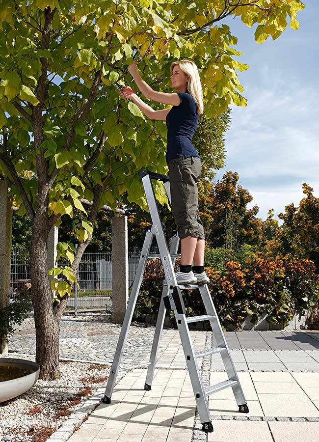 g nzburger aluminium stufen stehleiter einseitig begehbar bei. Black Bedroom Furniture Sets. Home Design Ideas