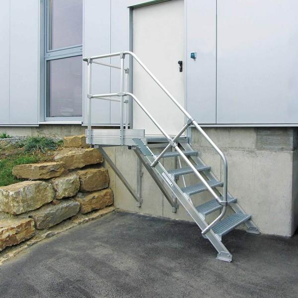 Günzburger Aluminium-Treppe mit Plattform 45°