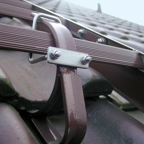 Günzburger Klemmhalter zu Dachleiterbefestigung